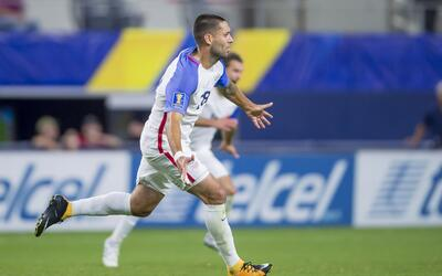 LA Galaxy derrota con gol de Juninho a Real Salt Lake Clint Dempsey cele...