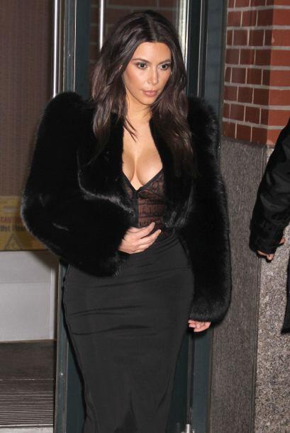 Mira otros escotazos memorables de Kim Kardashian.