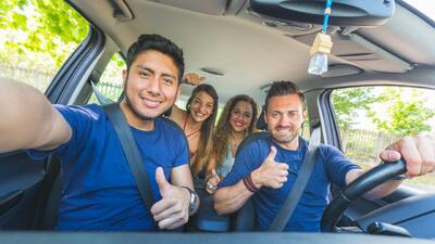 Los mejores carros nuevos para jóvenes: seguridad y rendimiento de combustible es lo primordial
