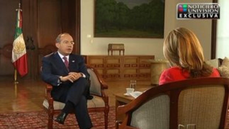 La conductora de Noticiero Univision, María Elena Salinas entrevistó en...