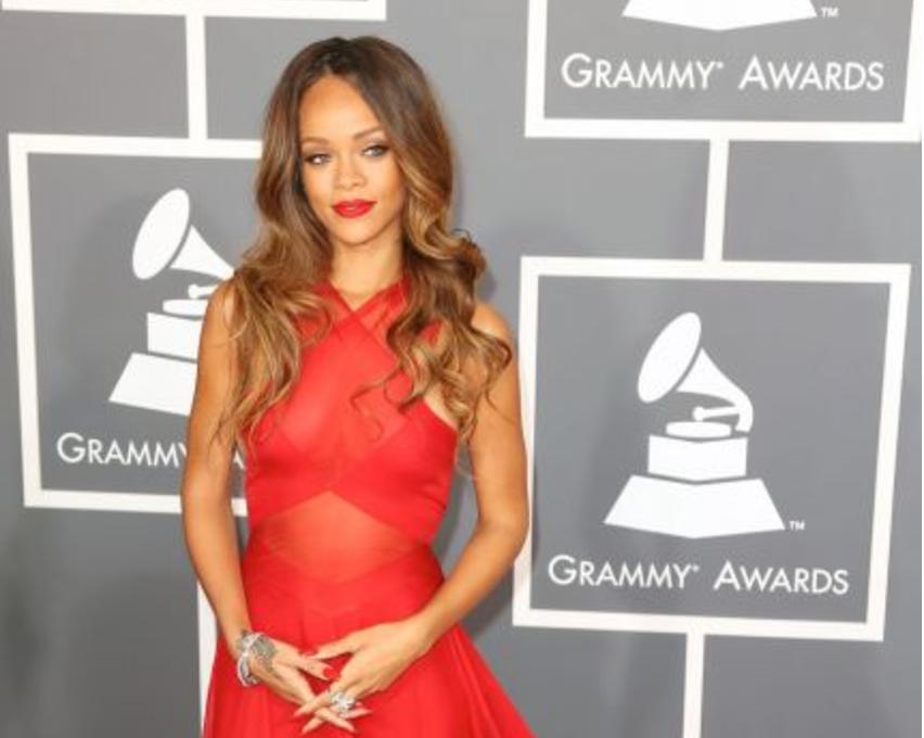 En agosto de 2009 Rihanna fue golpeada brutalmente por su entonces novio...
