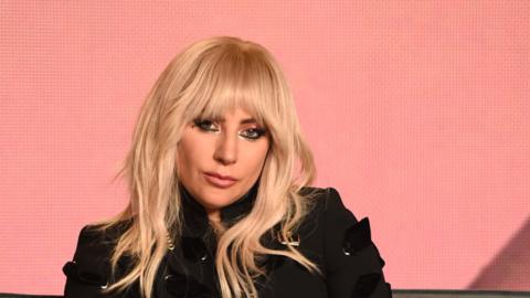 Lady Gaga en conferencia de prensa en el Festival Internacional de Cine...