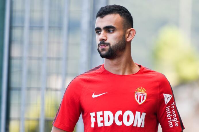 ¿Tensión en el ambiente por Mbappe?: así entrenan en Mónaco y PSG en med...