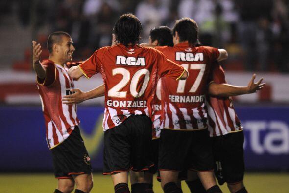 Para Estudiantes descontó Marcos Rojo. El equipo argentino será anfitrió...