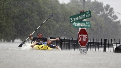 Así planean distribuir 5 mil millones de dólares para proteger a Texas de inundaciones