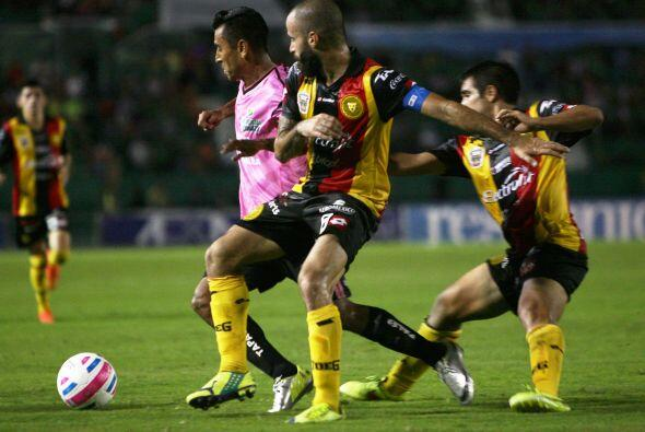 Alberto Medina: Un delantero extranjero que no jugó con los Jagua...