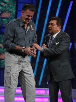 Ron Magil llegó a Sábado Gigante para ayudar al Don a encontrar a la rei...