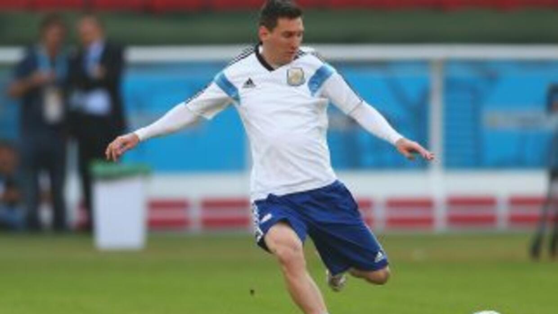 A Leo Messi le tocó entrenar el día de su cumpleños.