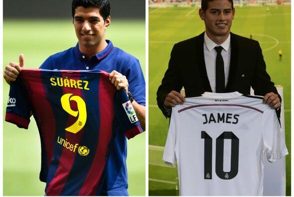 El delantero uruguayo Luis Suárez y el creativo colombiano James Rodrígu...