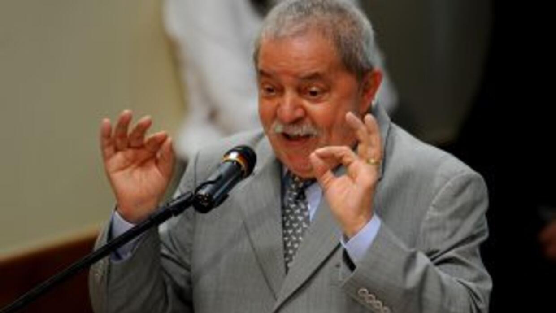 Lula fue acusado el lunes por la defensa del ex diputado Roberto Jeffers...