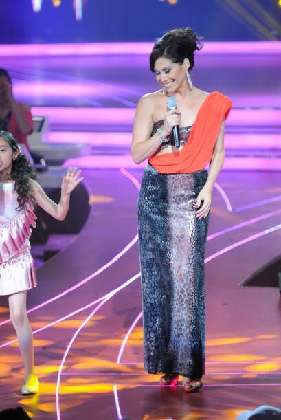 Bianca disfrutó mucho compartir el escenario con los pequeños cantantes.