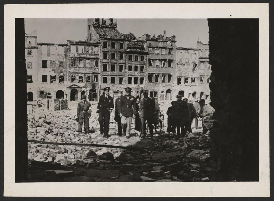 El Bombardeo de Varsovia, 1944: Los desastres naturales no fueron los &u...