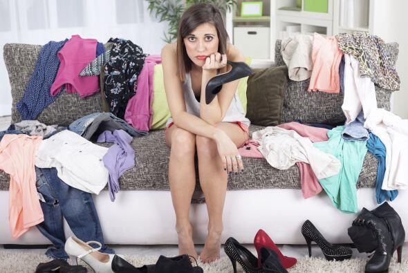 Si eres de las que posee montones de ropa pero nunca sabe tiene que pone...