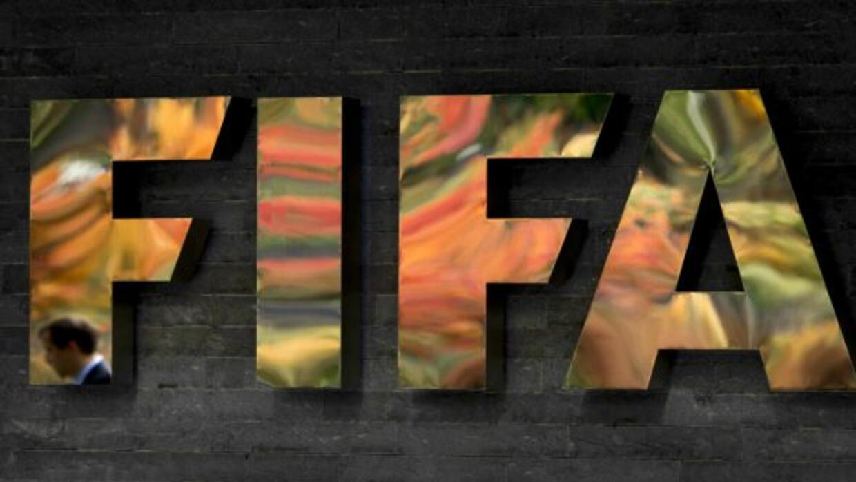 El organismo sanciona a tres equipos de Indonesia.