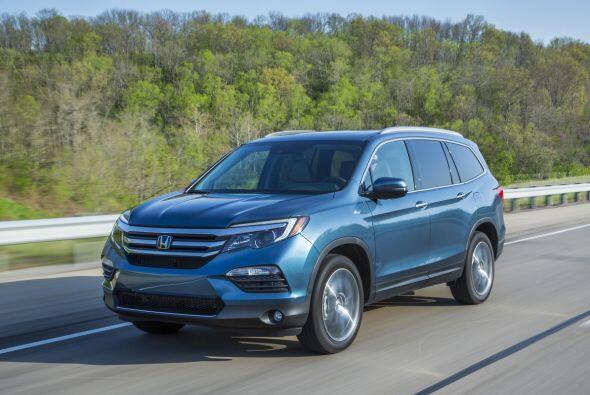 La tercera generación de este SUV presume de una estética que heredó del...