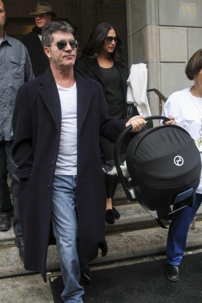 El nacimiento cayó de sorpresa a Simon, quien estaba en Londres. Mira aq...