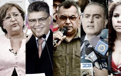 La presidenta del CNE, Tibisay Lucena; el exvicepresidente Elías...