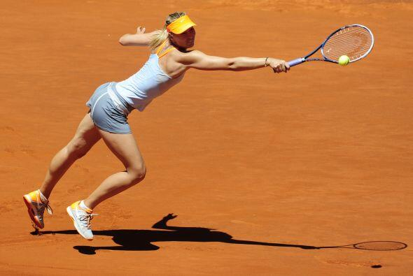 La rusa, número 2 en el mundo, se recuperó en el segundo set.