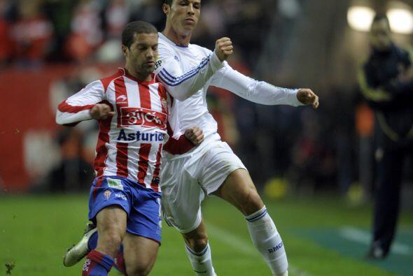 El Madrid visitó al Sporting de Gijón en una semana llena de dimes y dir...