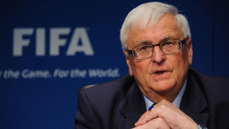 Zwanziger, miembro del Comité Ejecutivo de la FIFA, pone como prueba rep...