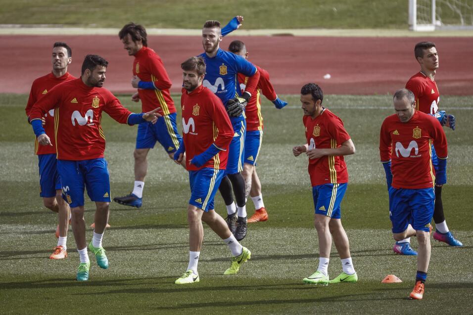Atlético hunde al Málaga y presiona al Sevilla 636256966619156774.jpg