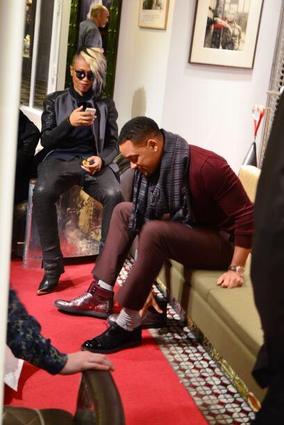 ¡El actor no esperó más e inmediatamente corrió a probarse el calzado qu...