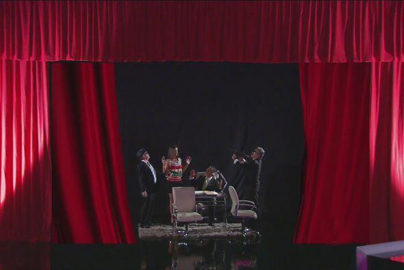 ¡Para terminar su obra de teatro!, pues los dos hombres eran actores.  N...
