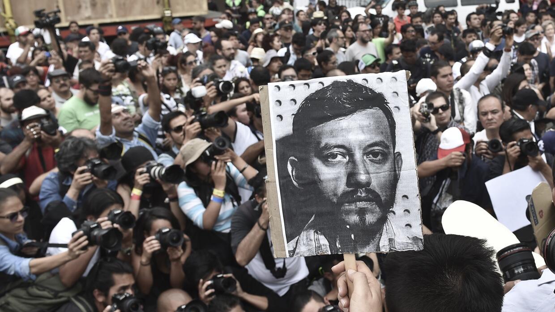 Protesta por el asesinato de Rubén Espinosa
