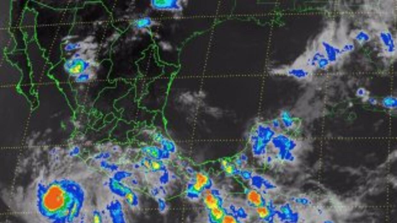 Imagen de satélite del huracán Cristina.