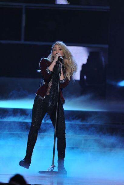 ¿Qué tal Shakira cantando 'Devoción'? ¡Preciosa!