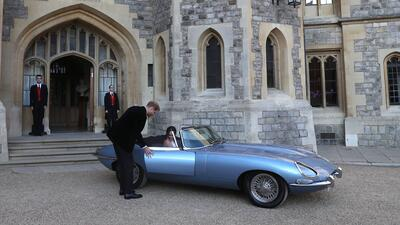 Conoce el Jaguar eléctrico en que Harry llevó a Meghan a la recepción nupcial