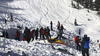 Un esquiador muere y otro queda en estado crítico al ser sepultados por una avalancha en Nuevo México