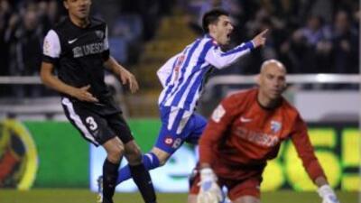 Pizzi celebra el gol del triunfo del Deportivo ante Málaga.