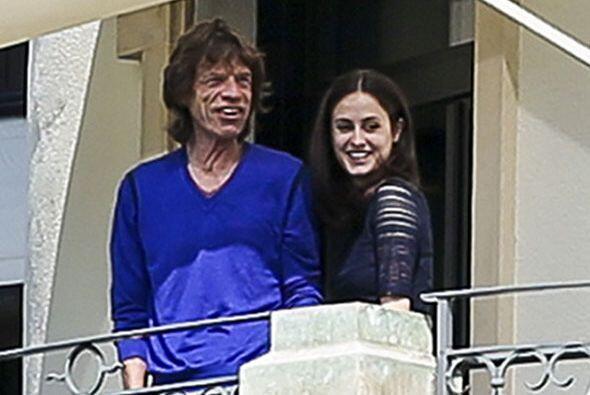 El líder de los Rolling Stones ya encontró consuelo.   Aqu...