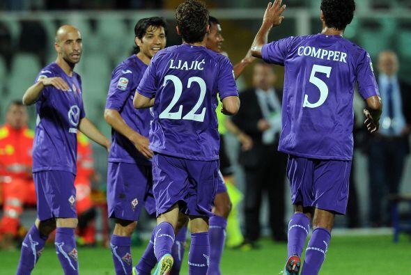 El delantero de los 'Viola' hizo tres anotaciones en el triunfo de 5-1 a...