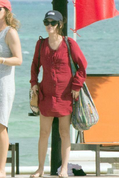 Bueno, parece que Rachel Bilson se cansó de esperar a su Hayden, quien n...