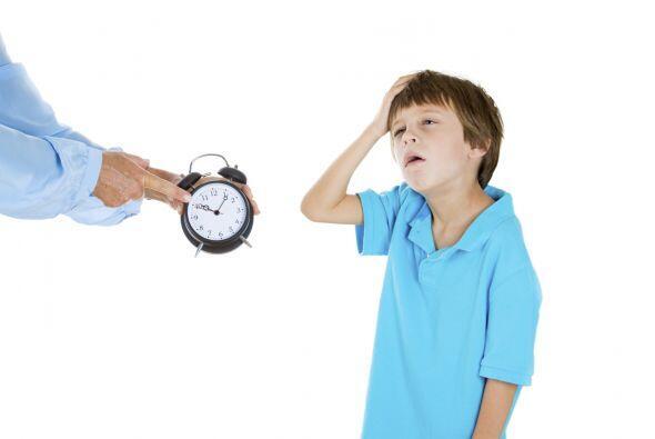 El concepto de tiempo le resulta difícil de entender.