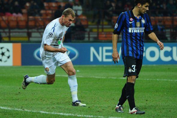 Vasili Berezutsky ponía el 2-1 que tanto estuvieron peleando.