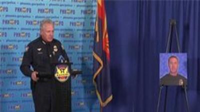 El jefe de policia Jack Harris hablando sobre el incidente