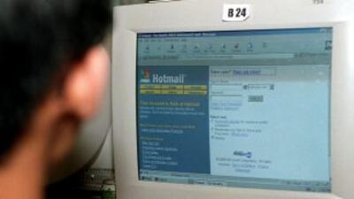 Microsoft inicia transferencia de cuentas de sus clientes Hotmail hacia...