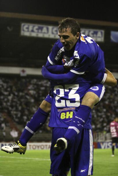 El Cruzeiro volvió a demostrar que es gran favorito para llegar a la fin...