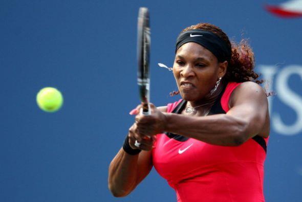 Serena ganó 7-1, 7-6 (7/5) y accedió a octavos de final.