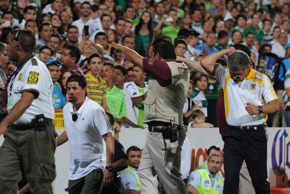 "Previo a Boy el brasileño Ricardo ""Tuca"" Ferretti se encaró un grupo de..."