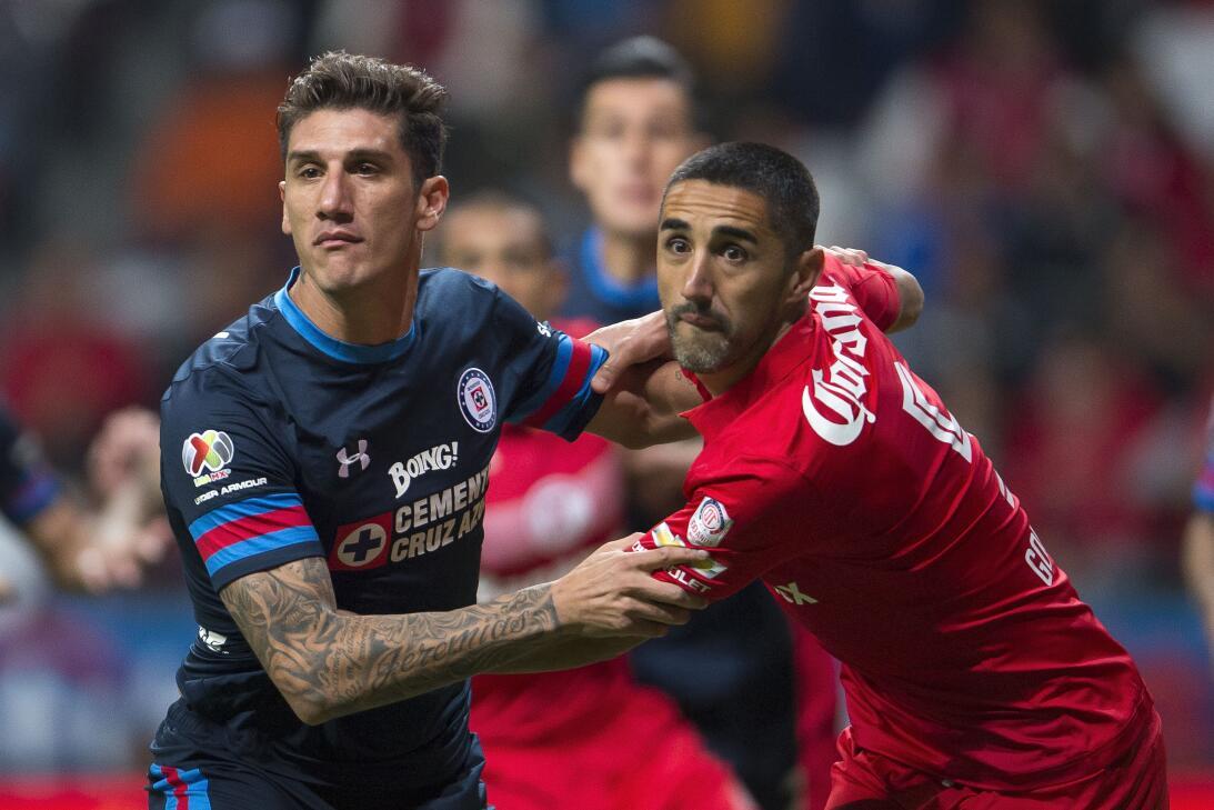 ¡Hoy no hubo infierno para Cruz Azul! La Máquina venció 2-0 al Toluca Ga...