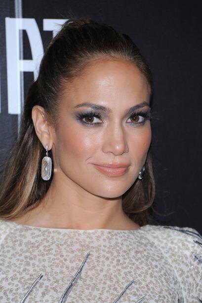 """Jennifer Lopez es conocida como la """"Reina del glow"""", pues le f..."""