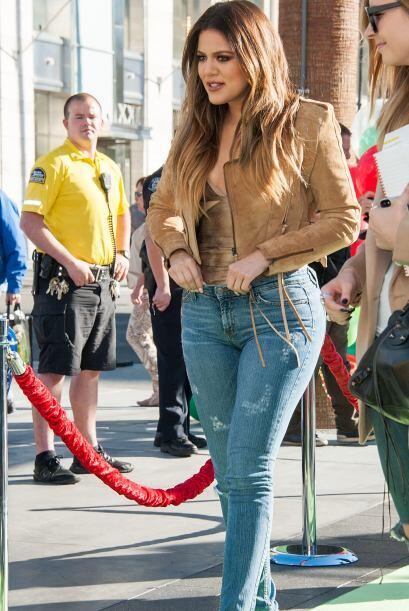 Tal parece que la guapa Khloe Kardashian aprovechó un evento en el LA Zo...