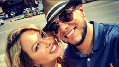 El beso más 'creepy' de los enamorados Chiquis Rivera y Lorenzo Méndez