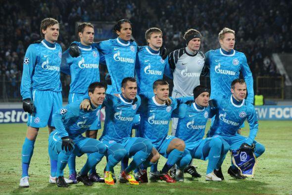 El otro juego del día se disputó horas antes en Rusia. El local Zenit qu...