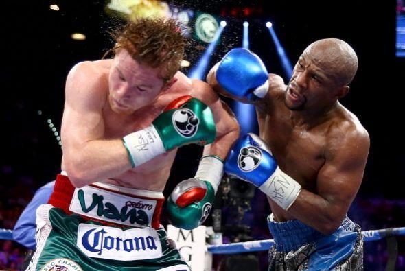 """""""Canelo"""" Álvarez se comía todos los golpes de Mayweather Jr., que tenía..."""