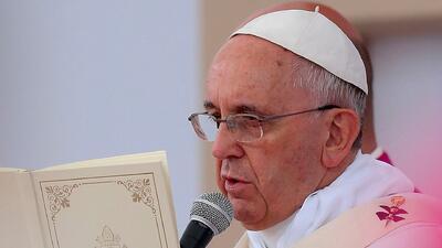 Varios familiares del Papa Francisco mueren un accidente automovilístico